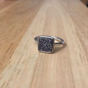 Fragrant Jewels Quarts size 9